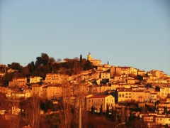 Location vacances FAYENCE (France)
