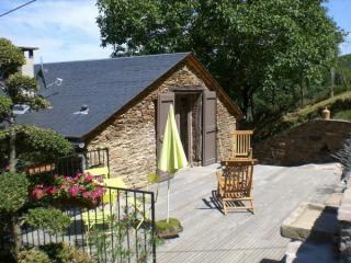 Location vacances COUPIAC (France)