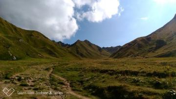Location vacances LA TOUR D'AUVERGNE (France Montagne)