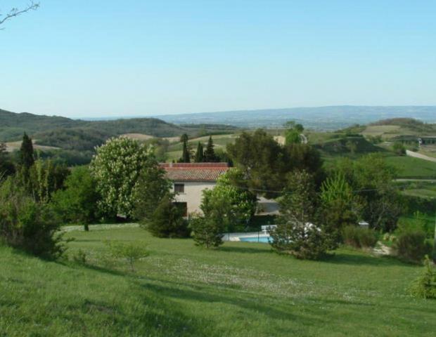 Location Gîte Vacances LAURAC LE GRAND (2)