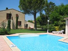 Location Villa Vacances PERNES LES FONTAINES (1)