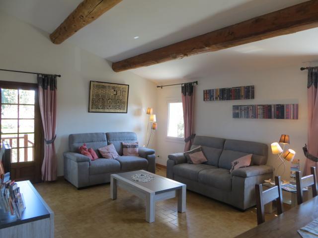 Location Villa Vacances PERNES LES FONTAINES (3)