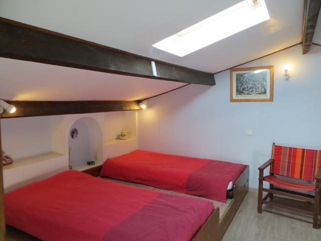 Location Villa Vacances PERNES LES FONTAINES (6)