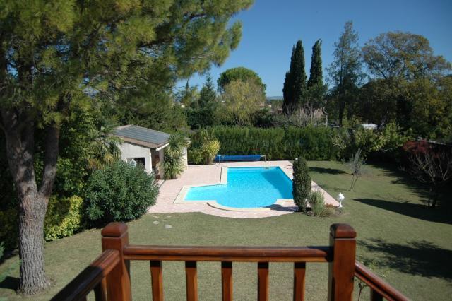 Location Villa Vacances PERNES LES FONTAINES (7)