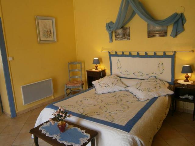 Location Gîte Vacances MAREUIL SUR LAY DISSAIS (5)