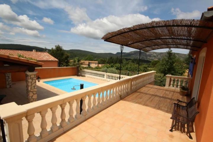 Location Villa Vacances MALAUCÈNE (2)