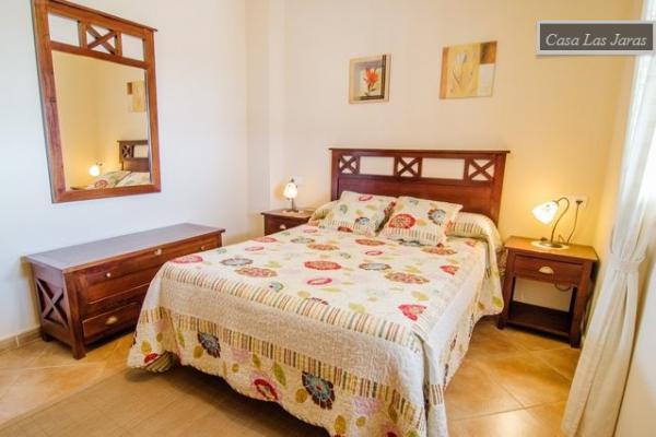 Location Villa Vacances ARCHEZ (11)