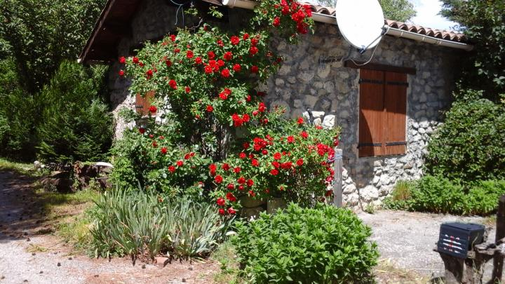 Location vacances SAINT PIERRE D'ARGENÇON maison 4 personnes