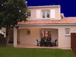 Location Villa Vacances RONCE LES BAINS (1)