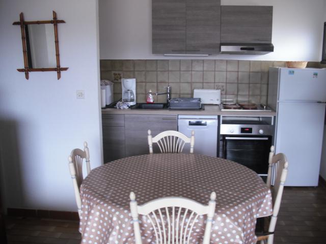 Location Appartement Vacances LA CROIX VALMER (11)