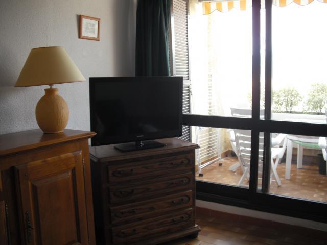 Location Appartement Vacances LA CROIX VALMER (12)