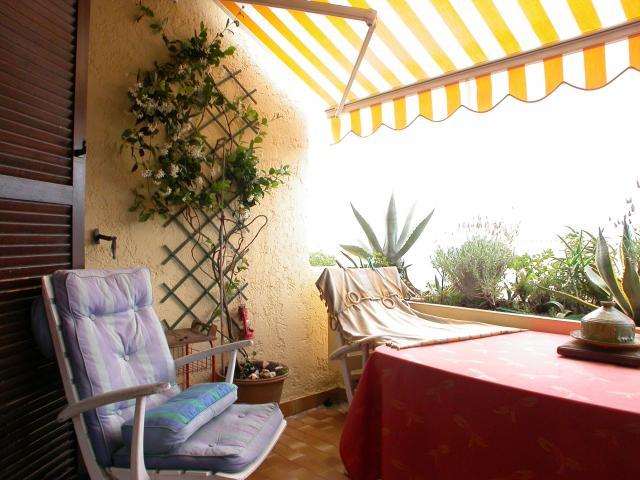 Location Appartement Vacances LA CROIX VALMER (5)