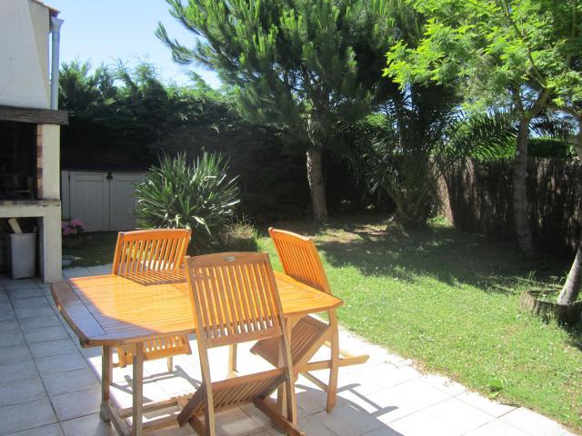 Location Maison Vacances LA BRÉE LES BAINS (2)