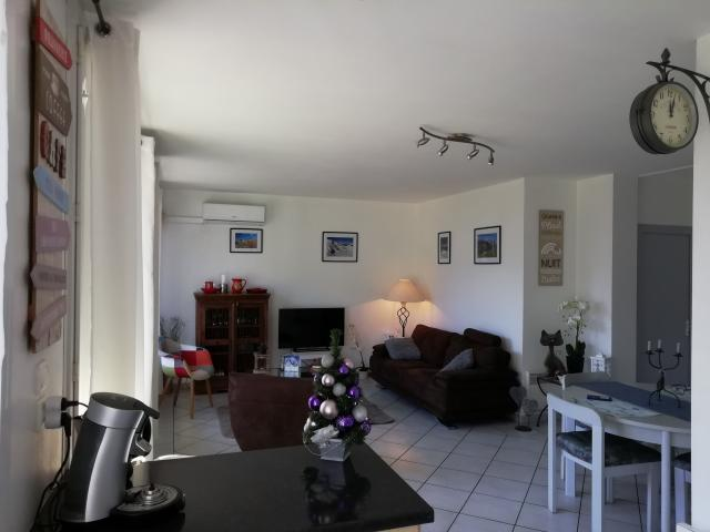 Location Appartement Vacances ALBERTVILLE (2)
