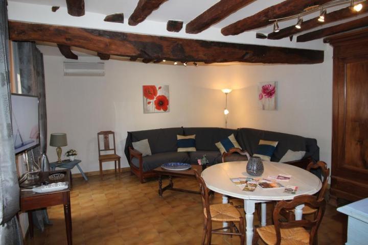 Location Gîte Vacances SAINT GERMAIN DES PRES (4)