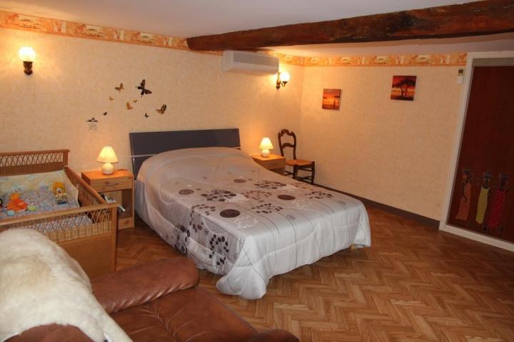 Location Gîte Vacances SAINT GERMAIN DES PRES (7)