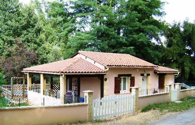 Location Maison Vacances SARLAT LA CANÉDA (1)