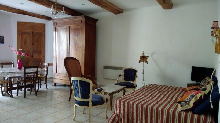 Location Maison Vacances ADISSAN (2)