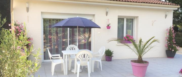 Location Maison Vacances JONZAC (10)