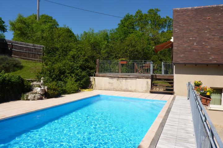 Location Appartement Vacances LOUBRESSAC (3)
