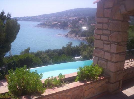 Location vacances SAINT AYGULF maison 8 personnes