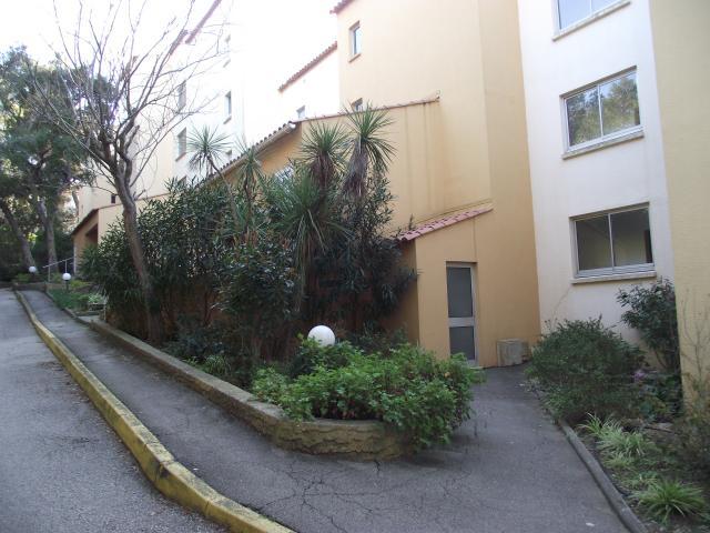 Location Appartement Vacances SAINT MANDRIER SUR MER (8)