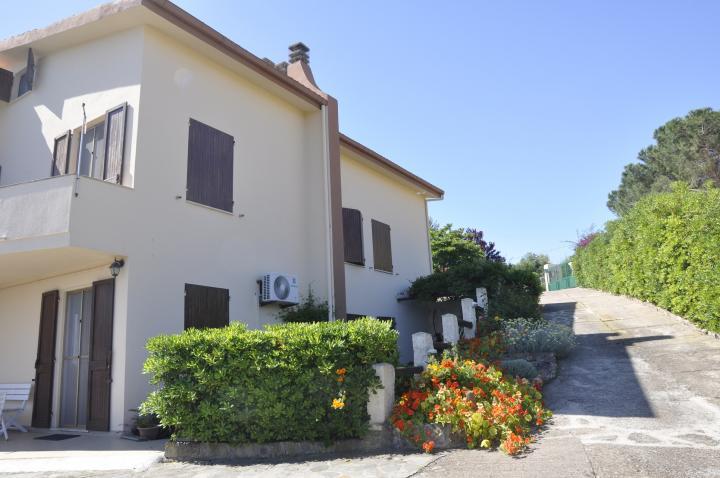 Location Appartement Vacances CASTELSARDO (1)