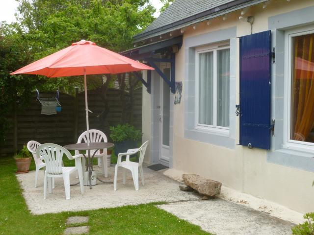Location Gîte Vacances PLOUGASNOU (1)