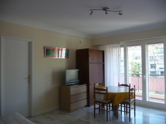 Location Appartement Vacances MENTON (2)