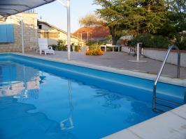 Location Maison Vacances CASTELNAU MONTRATIER (2)