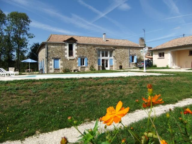 Location Maison Vacances PARCOUL (1)