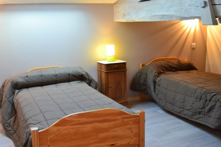 Location Maison Vacances PARCOUL (10)