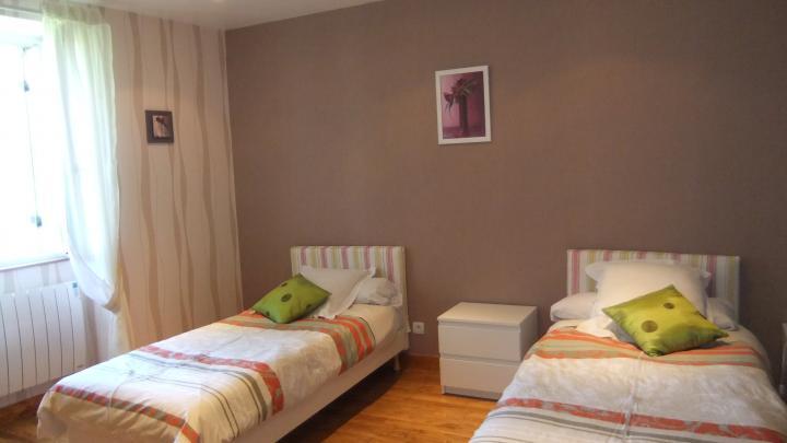 Location Maison Vacances PARCOUL (8)