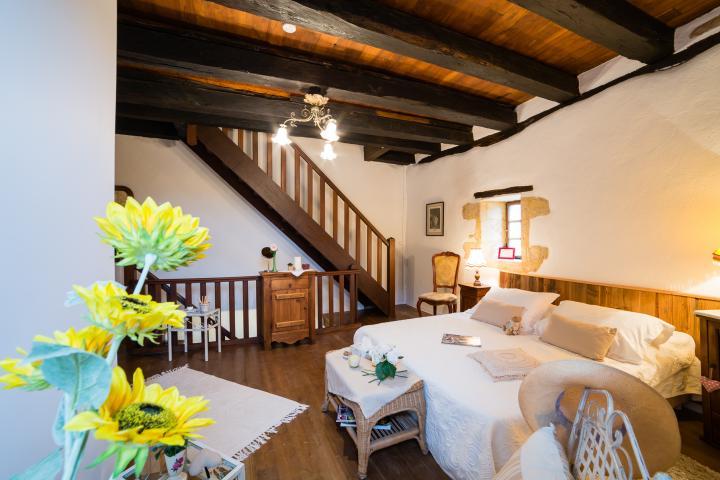 Location Maison Vacances BEYNAC ET CAZENAC (2)