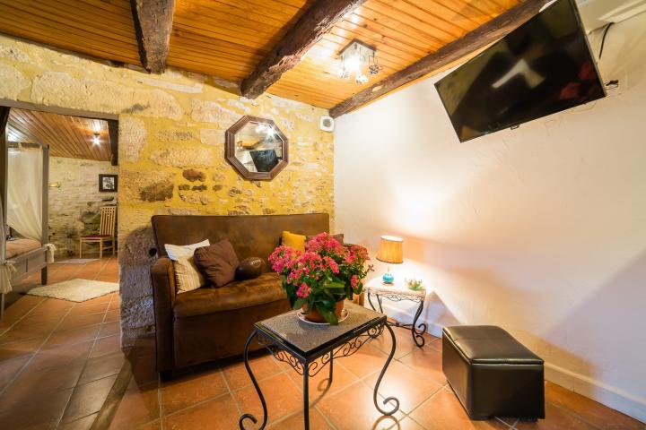 Location Gîte Vacances BEYNAC ET CAZENAC (2)
