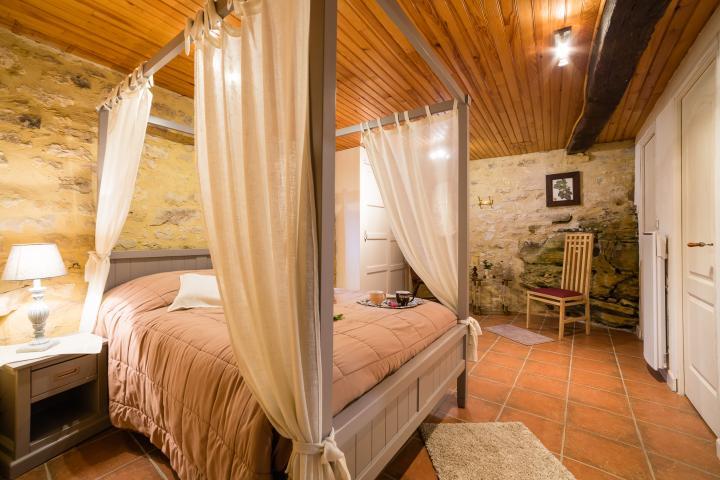 Location Gîte Vacances BEYNAC ET CAZENAC (9)