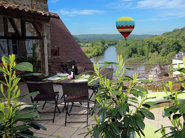 Location Maison Vacances BEYNAC ET CAZENAC (1)