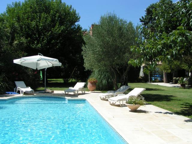 Location Appartement Vacances COGOLIN (1)