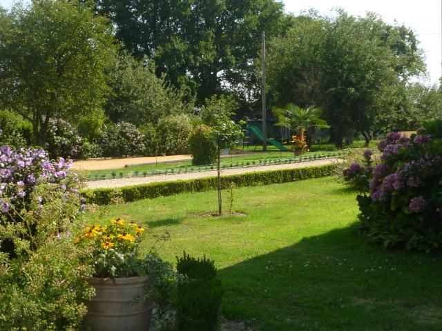 Location Gîte Vacances VICQ SUR NAHON (6)