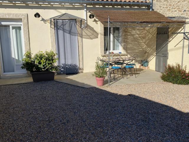 Location Maison Vacances CAUX (2)