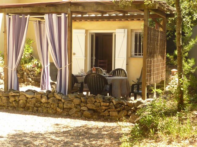 Location vacances MONTAUROUX appartement 5 personnes