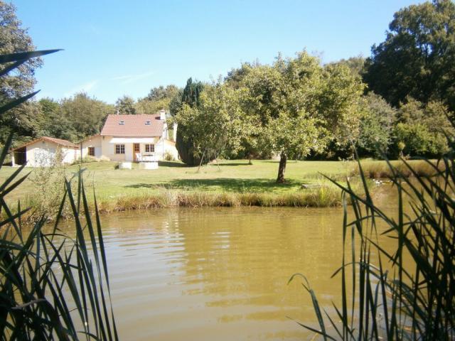 Location Gîte Vacances SAINT BERAIN SOUS SANVIGNES (1)