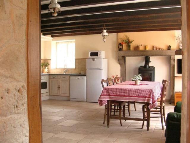 Location Gîte Vacances SAINT BERAIN SOUS SANVIGNES (2)