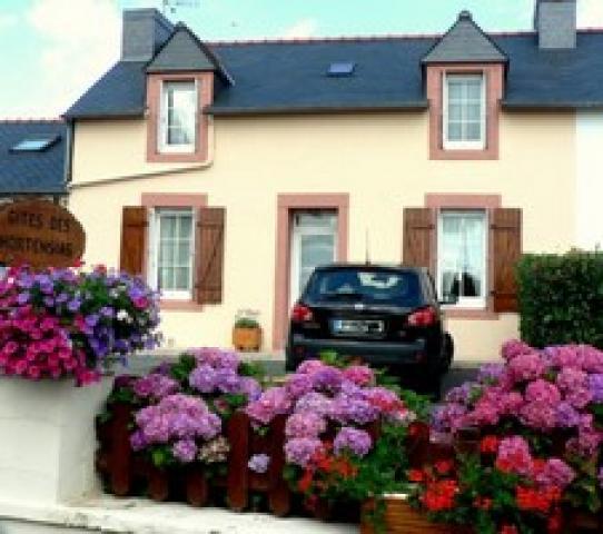 Location Maison Vacances PLEYBEN (1)