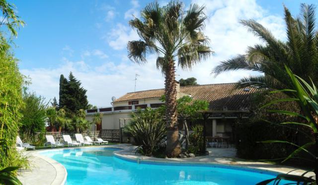 Location Maison Vacances ARGELIERS (1)