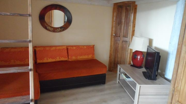 Location Appartement Vacances UCHAUX (4)