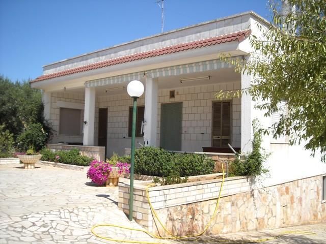 Villa 4 pièces 7 personnes CASTELLANA GROTTE