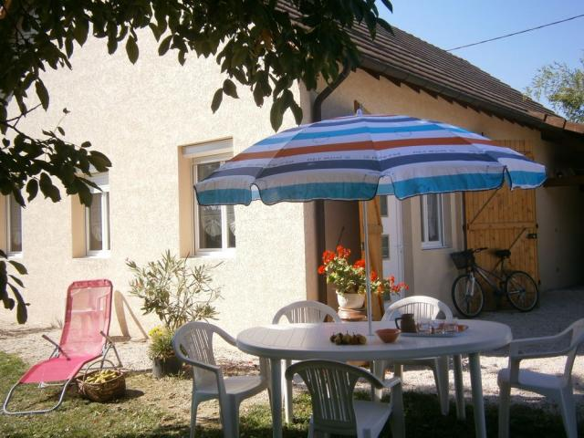 Location Gîte Vacances SENNECEY LE GRAND (1)