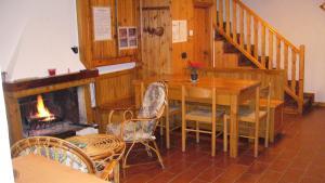Location Maison Vacances PIETRACAMELA (2)