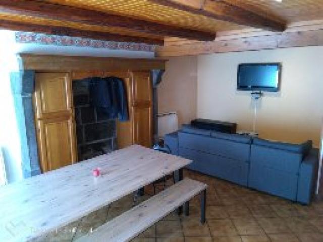 Location Maison Vacances LA TOUR D'AUVERGNE (2)